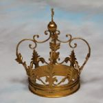 Large Decorative Antiqued Gold Iron Crown Ornament Gift - 30 x 20 x 20cm